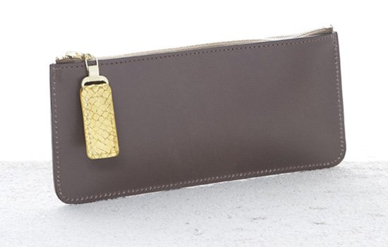 A Doe Leather make up case using Pearce Leather for the zip puller