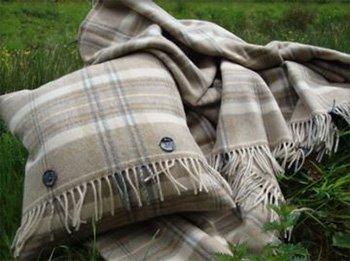 Solway blankets: Merino Wool Throw