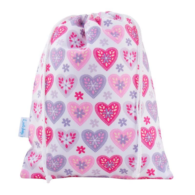 Hearts-wash-bag-toiletries-bag