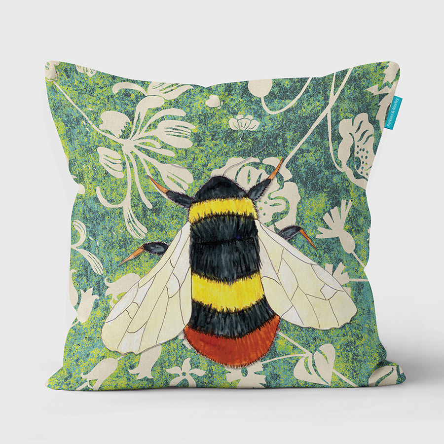 J2WW31cush-Bumblebee-cushion-square-web