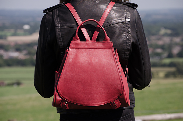 redbackpack-copy