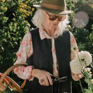 Acre & Holt UK gardening clothing brand